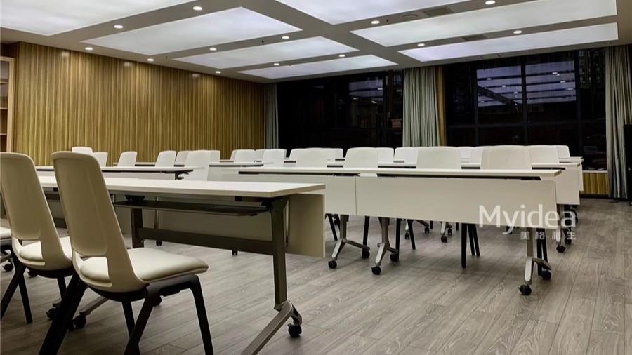 学校教室学生课桌椅